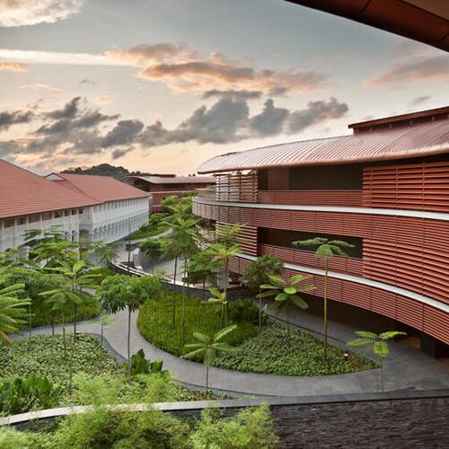 未来を見学にシンガポールに行きましょう